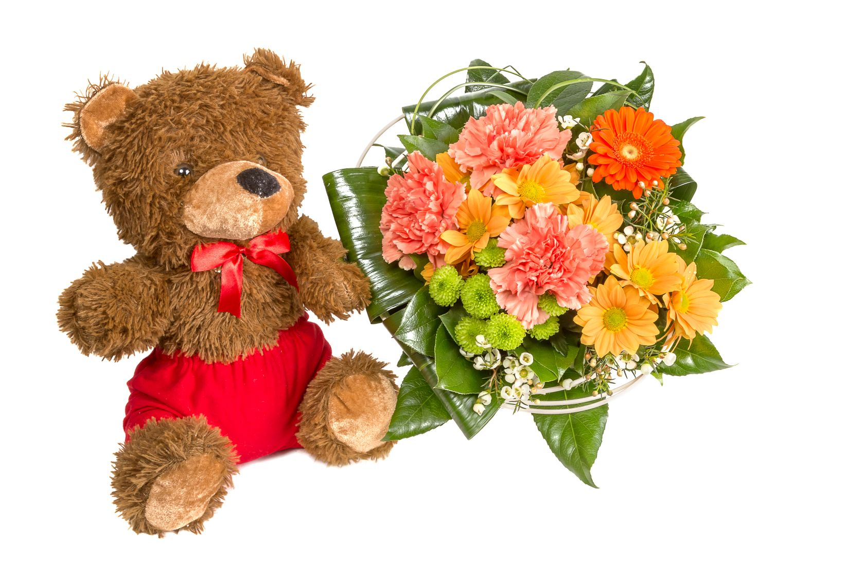 colorful-bouquet-with-a-teddy-bear